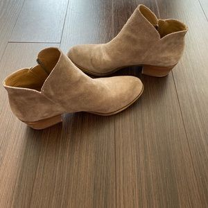 Lucky brand Barough booties